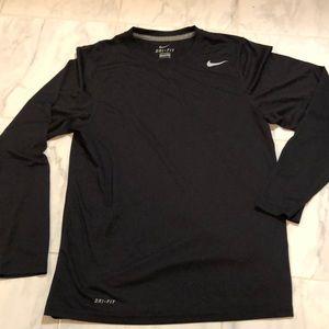 Nike drifit long sleeve black sport/exercise shirt